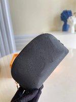 Bolsa cosmética pm bolso en relieve bolsas de maquillaje famoso monedero de viaje Lady pequeño Real Real Cuero Clutch Wallet Top Calidad 5A Bolsos Mini billets con caja M69414 M69413