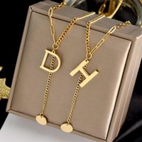 Charm Bracelets 316L Stainless Steel Letter D H G Round Piece Retro Fashion Personality Lengthened Joker Necklace Sweater For Women