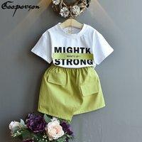 Gooporson Fashion Fashion Korean Little Girls Ropa Conjunto de letra Impreso Camisa Stronge Falda Linda Ropa Niños Ropa Hermosa Outfit Niños 210309