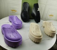 Brand Perforated Slippers Hombres Mujeres Plataforma Sandalias Sandalias Cuña Corte Corte Deslice Materiales Transparentes Moda Pisos Pisos Zapatos
