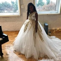 Sparkly White Tulle Ball Gown Flower Girl's Dresses with Gold Sequined Tiered Girls Pageant Dress Sweep Train Child Prom Gowns