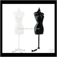 4 قطع (2 أسود + 2 أبيض) أنثى عارضة المعرضة ل دمية / الوحش / bjd الملابس diy عرض هدية عيد شحن EEFWR 3PDNC