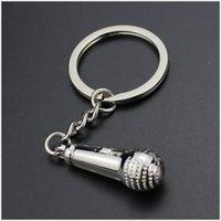 빠른 배달 100pc 마이크 키 체인 자동차 열쇠 고리 매력 금속 악기 Keyfobs 합금 키 홀더 귀여운 미니 마이크 R15