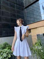 21SS женская рубашка платье путешествия роскошные вершины юбки в колледже стиль дизайн галстук со съемным горный хрусталь брошь украшения высокой талии летом без рукавов рубашки