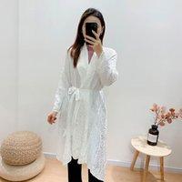 2021 novo outono inverno branco vintage mulheres jaqueta escalas de peixe handmade plissado trench casaco parece fina indie estética roupas m0bz