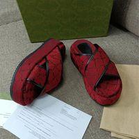 2021 Diseñador Blade Fashion Womens Zapatillas Sandalias Tela Especial Material Bordado Marcas Marcas de alta calidad Ambiente de lujo elegante US 4-12