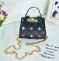2021 New Fashion Kids PU Butterfly Decoration BackPack Bag Mix Color Zipper Borsa a tracolla
