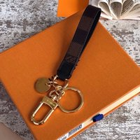 Top Quality Designer Keychain Top Qualidade Luxo Keychain Cirle Moda Carro Chaveiros De Aço Inoxidável Chaveiro Para Presente com Caixa