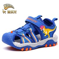 Dinoskulls Children Sandals 2021 New Summer Shoes Kids T-Rex LED Lights Boys Beach Sandals Closed Toe Breathable Outdoor Shoes 210306
