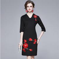 Vintage Bordir Gaun Bunga Tiga Kuartal Lengan Hitam Gaun Pesta Landasan Pacu Kantor Wanita V-Leher Lutut B765