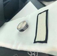 La marca tiene sello Original 925 Anillos de plata esterlina Bague Anillos Moissanite para hombres y mujeres Compromiso Joyas de boda Joyería Regalo W291