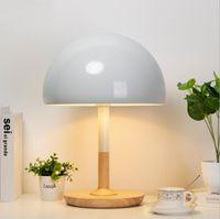 Diseñador Nordic Creative Logs Simple y Lovely American Country Dormitorio de la mesa de la mesa