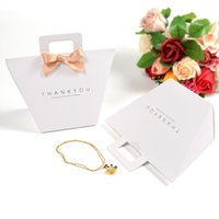 Thank you gift box bag with handle foldable wedding kraft paper candy chocolate perfume packaging simple HHD10402