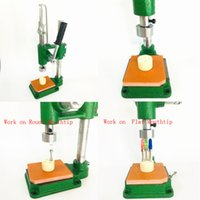 Press Machine for Dank Moonrock Chronic Eureka Pure One Cartridges M6T G5 Vape Carts Manual Press-in Tips Portable Easy to Use Size 150mm*220mm*360mm 1 time 4pcs