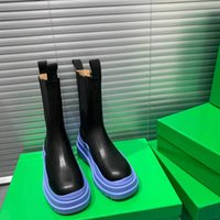 2021 مصمم فاخر أزياء تظهر إمرأة أحذية جلدية سميكة وحيد 5 سنتيمتر مارتن امرأة الأحذية الأوسط أنبوب فارس العارية التمهيد تشيلسي