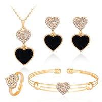 Versione coreana Nuova collana popolare collana moda squisita in lega diamante pesca cuore orecchini a quattro pezzi set