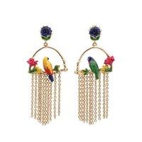 Luksusowe pozłacane biżuteria Kobiety Moda Asymetryczna papuga Tassel Dangler Biżuteria Marka Projekt Emalia Ptak Kolczyk