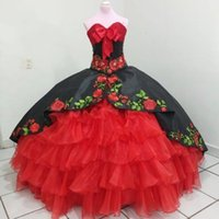 2022 Modern Black and Red Flower Embroidery Quinceanera Dresses Mexican XV Ball Gown Pearls Beaded Satin Organza Long Sweet 15 16 Charra Prom Evening Dress