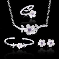 Collar Pendientes de anillo de la pulsera de cadena de clavos de collarbone con estilo fresco y elegante merecen actuar el papel de la demanda