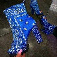 Yeni Kadın Rahat Ayak Bileği Çizmeler Platformu Bayanlar Baskı Deri Bandana Graffiti Ayakkabı Zip Ayakkabı Bayanlar Peep Toe Ayakkabı Büyük Boy 43
