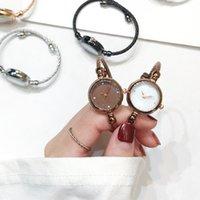 デザイナーの高級ブランドの腕時計arry sky bracelet es女性のファッションシャインダイヤモンドエレガントな女性バングインリストの女性Quartz Montre Femme
