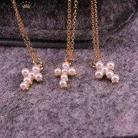 10pcs, di alta qualità Tiny Cary Pearl Shell Shell Cross Pendant Collane per donna Girl Mini Ciondoli Charm Collana