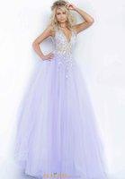 2021 Elegant Deep V-neck A-line Long Formal Evening Dress Heavy Handmade Mesh Prom Gowns