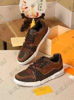 Sendero para hombre Calfskin Sneaker Suela de goma Suela de cuero Mans Luxurys Designers Sneakers Trainers Transports Corredor Cuero Old Flow up Zapatos