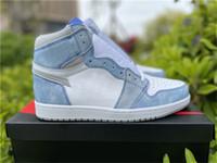 Nuevo lanzamiento 1 alto OG Hyper Royal Zapatos al aire libre hombres zapatillas de deporte Luz de humo gris blanco Royal Blue Trainers deportes con caja original
