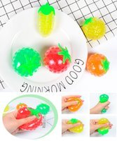 Novedad gag Toys Vents Fruit Squeeze Ball Ball DecomPression Water Polo Polo Factory Direct Sales