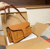 2021 المرأة حقائب المحافظ فيلت الشتاء حقائب الكتف مصمم الرغيف الفرنسي حقيبة crossbody أفضل جودة سيدة حقيبة الإبط