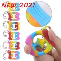 New Fidget Toys Sensory Rubber Hand Grabs Rainbow Grips Decompression Key Ring Squeezy Snappers Finger Training Autism Party Favor DWA7416