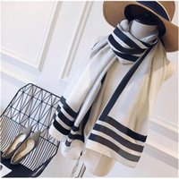 2021 Hotsale Brand Sciarpa Donna Scialle Senior Scialli in lana di seta Turismo di moda Designer morbido Sciarpe di lusso Stampa lunga Quattro stagioni