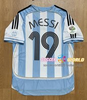 Retro Argentina Soccer Jersey 2006 Argentina Home 19 # Messi Jerseys 10 # Maradona Riquelme Crespo Tevez Soccer Camisas Top Qaulity Size S-XXL
