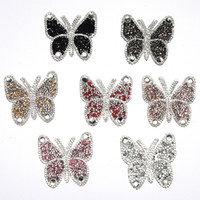 Strass per abbigliamento colorato farfalla patch 6 * 6 cm farfalla ferro su autoadesivo di trasferimento su vestiti indumento Abbigliamento Badge