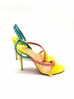 21s Yaz Kadın Kırmızılar Sole Stiletto Sandalet Ayakkabı Kırmızı Alt Çivili Yüksek Topuklu Mafaldina Spike Denim Sandalet, Perçinli Hakiki Deri Açık Toe Ince Topuk Pompaları Açık