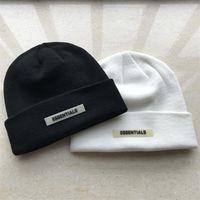 Essentials Beanie 겨울 모자 여성을위한 남자 가을 Docker 무당이없는 모자 디자이너 도매 숙녀 액세서리 Skullcap 힙합 야외 캐주얼