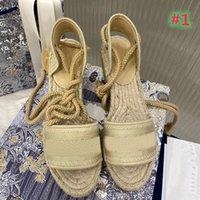 2021 Yüksek Topuk Mavi ve Beyaz Şerit Kot Kama Espadrilles Sandalet kadın Lüks Yaz Açık Plaj Eğlence Marka Ayakkabı
