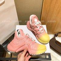 최신 컬러 아치라이트 스 니 커 즈 LuxUrys 디자이너 여성 신발 트레이너 높이 증가 Dorky Dad Dad Show 디자이너 캐주얼 구두 5.5cm