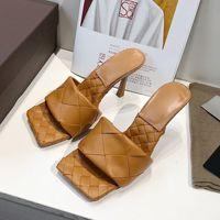 Qualità Sexy Slides Flat Slides Lido Sandali intrecciata Donne Pantofole Square Muli Signore Delle Scarpe Tacchi Alti Tacchi alti Dress 10 Colore