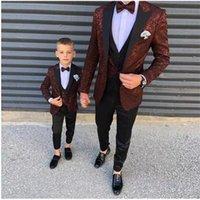 2021New بورجوندي نمط صبي الرجال الدعاوى يتأهل عرس العرس البدلات الرسمية ذروة التلبيب السترة الرسمية كيد حفلة موسيقية بدلة (سترة + السراويل x0608