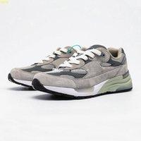 M992 Sneaker per gli uomini Sneakers in pelle scamosciata Mens Scarpe sportive da donna Scarpe da donna Scarpe da donna Allenatori Allenamento Donna Atletica Chaussures Grigio