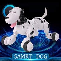 Happycow 777-338 Regalo de cumpleaños RC Animals Toys 2.4G Control remoto Smart Dog Electrónico PET PET Niño Juguete Dancing Robot Dog