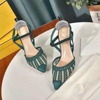 Sandales Femmes Designer creux de la dentelle broderie électrique broderie pointue Sandales de mode Sexy talons hauts talons femmes talons hauts talons hauts chaussures de mariage 8 cm 36-42