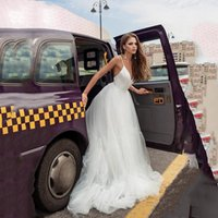 Summer A Line Tulle Wedding Gowns with Applique Flutter Sleeves Backless Robe De Marrige Modern Bride Dress