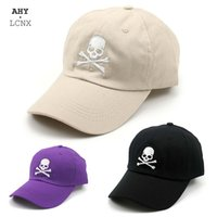 2020 Cappello da baseball di modo casual da baseball ricamo cranio hip hop cappello uomini donne osso estate cappelli all'aperto cappelli da sole visiera parabrezza