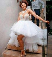 Hohe geringe stufige Tüll Brautkleider Rundhalsausschnitt Perlen Brautkleider Eine Linie Kurze Vorderseite Lange Back Vestidos de Fiesta