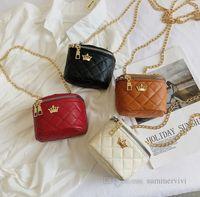 Designer Kids crown applique handbags Girls metal chain bucket bags Luxury Children PU leather Messenger bag women mini cosmetic purse Q0158
