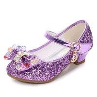 Skhek Children Gold Flower Perels Pearls Scarpe Girls High Heel Sandali per bambini Scarpe da sposa Dimensioni dei bambini 26-36 Colori di buona qualità 210306