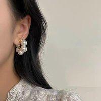 Hoop & Huggie Women's Earrings Korean Stud For Women Vintage Pearl Gold Color Earring 2021 Trend Female Jewelry Ear Studs